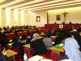 """W Warszawie zakończyło się dzisiaj 124. zebranie plenarne Konferencji Wyższych Przełożonych Żeńskich Zgromadzeń Zakonnych. Temat zebrania """"Wspólnota uczniów Chrystusa"""", zaproponowały same siostry."""