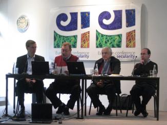 """W Clairefontaine w Belgii w dniach od 18 do 20 października trwała Europejska Konferencja poświęcona problemom sekularyzacji. W międzynarodowym spotkaniu sercanów wziął udział prowincjal z <a class=""""mh-excerpt-more"""" href=""""https://www.zyciezakonne.pl/wiadomosci/swiat/sercanie-belgia-konferencja-w-clairefontaine-o-sekularyzacji-w-europie-10496/"""" title=""""Sercanie – Belgia: Konferencja w Clairefontaine """"O sekularyzacji w Europie"""""""">[...]</a>"""