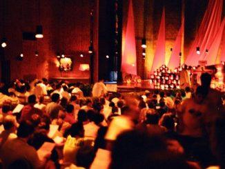 """W Berlinie trwają ostatnie przygotowania do Europejskiego Spotkania Młodych, organizowanego przez ekumeniczną wspólnotę z Taizé. Tuż przed oficjalnym rozpoczęciem do stolicy Niemiec przyjechało blisko 1500 <a class=""""mh-excerpt-more"""" href=""""http://www.zyciezakonne.pl/wiadomosci/swiat/berlin-odlicza-godziny-do-spotkania-mlodych-chrzescijan-z-taize-12436/"""" title=""""Berlin odlicza godziny do spotkania młodych chrześcijan z Taizé"""">[...]</a>"""