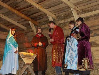 """W wielu klasztorach i na parafiach prowadzonych przez zakony w czasie Bożego Narodzenia budowane są wspaniałe szopki. Niektóre z nich są ruchome, niektóre """"żywe"""". Poniżej <a class=""""mh-excerpt-more"""" href=""""https://www.zyciezakonne.pl/wiadomosci/kraj/zakony-w-polsce-ruchome-i-zywe-szopki-12454/"""" title=""""Zakony w Polsce: ruchome i żywe szopki"""">[...]</a>"""
