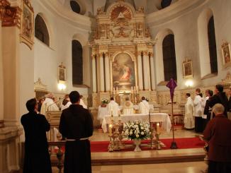 """W Uroczystość Zwiastowania Najświętszej Maryi Pannie, która w tym roku wyparta przez V Niedzielę Wielkiego Postu, wypadła wyjątkowo 26 marca, w kościele klasztornym we Wronkach <a class=""""mh-excerpt-more"""" href=""""https://www.zyciezakonne.pl/wiadomosci/kraj/franciszkanie-odpust-zwiastowania-n-m-p-wronki-14790/"""" title=""""Franciszkanie: Odpust Zwiastowania N. M. P. – Wronki"""">[...]</a>"""