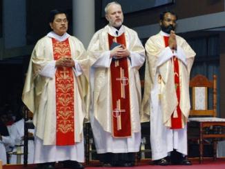 O życiu katolików w Zjednoczonych Emiratach Arabskich mówi o. Andrzej Kiejza, kapucyn.