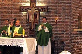 """Wszyscy jesteśmy przyzwyczajeni, że w okresie Wielkiego Postu w kościołach przeprowadzane są kilkudniowe rekolekcje. Są jednak miejsca w Polsce, gdzie dni odnowy duchowej odbywają się <a class=""""mh-excerpt-more"""" href=""""https://www.zyciezakonne.pl/wiadomosci/kraj/bracia-mniejsi-warszawa-kiedy-modlitwa-bedzie-wysluchana-14115/"""" title=""""Bracia Mniejsi – Warszawa: """"Kiedy modlitwa będzie wysłuchana?"""""""">[...]</a>"""