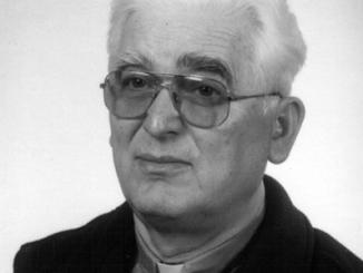 """O. Edward Żyłowski CSsR urodził się 22 września 1934 r. w Gródku k. Kamieńca Podolskiego. Był czwartym synem Mieczysława i Eufrozyny Baran. Miał trzech braci <a class=""""mh-excerpt-more"""" href=""""https://www.zyciezakonne.pl/wiadomosci/kraj/zmarl-o-edward-zylowski-cssr-15846/"""" title=""""Zmarł o. Edward Żyłowski CSsR"""">[...]</a>"""