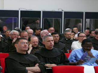 """W dniach od 11 do 13 lipca 2012 r. w Rzymie odbyło się seminarium naukowe """"Kultura postmodernistyczna i odpowiedź franciszkańska: kontekst i perspektywy"""", zorganizowane przez <a class=""""mh-excerpt-more"""" href=""""https://www.zyciezakonne.pl/wiadomosci/swiat/seminarium-naukowe-w-rzymie-17990/"""" title=""""Seminarium naukowe w Rzymie"""">[...]</a>"""