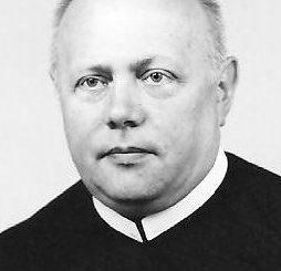 """Dnia 28 września br. zmarł o. Stanisław Kamykowski CSsR. Przezył 81 lat, w Zgromadzeniu Redemptorystów 59, w kapłaństwie 54. Pracował jako misjonarz i rekolekcjonista. Ostanie <a class=""""mh-excerpt-more"""" href=""""http://www.zyciezakonne.pl/wiadomosci/kraj/redemptorysci-zmarl-o-stanislaw-kamykowski-21907/"""" title=""""Redemptoryści: Zmarł o. Stanisław Kamykowski"""">[...]</a>"""