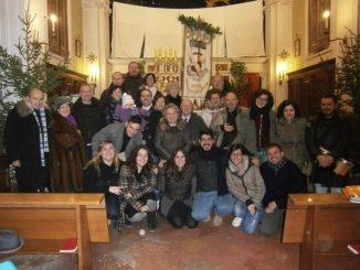 """W ostatnią niedzielę adwentu 2012, a już podczas trwania Roku Wiary, nasza wspólnota tercjarska zdecydowała, że będzie świętować 100 lat istnienia chorągwi, którą ufundowano w <a class=""""mh-excerpt-more"""" href=""""http://www.zyciezakonne.pl/wiadomosci/swiat/bracia-mniejsi-100-lat-choragwi-franciszkanskiego-zakonu-swieckich-w-sinalunga-25373/"""" title=""""Bracia Mniejsi: 100 lat chorągwi Franciszkańskiego Zakonu Świeckich w Sinalunga"""">[...]</a>"""