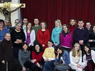 """W klasztorze Braci Mniejszych Kapucynów w Stalowej Woli odbyły się 27 i 28 grudnia 2012 roku warsztaty """"Modlitwa przez taniec"""". Cieszyły się one dużym zainteresowaniem. <a class=""""mh-excerpt-more"""" href=""""http://www.zyciezakonne.pl/wiadomosci/kraj/kapucyni-stalowa-wola-modlitwa-przez-taniec-25365/"""" title=""""Kapucyni – Stalowa Wola: modlitwa przez taniec"""">[...]</a>"""