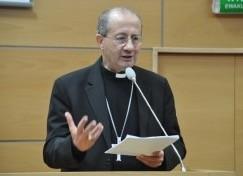 """Wprowadzenie: Synod trzech Papieży i centralność rodziny Zgromadzenie Synodu Biskupów, które obradowało w dniach od 5 do 19 października br., można by scharakteryzować przez pryzmat <a class=""""mh-excerpt-more"""" href=""""https://www.zyciezakonne.pl/wiadomosci/kraj/wyklad-abpa-bruno-forte-inaugurujacy-nowy-rok-akademicki-w-wsksim-w-toruniu-44700/"""" title=""""Wykład abpa Bruno Forte inaugurujący nowy rok akademicki w WSKSiM w Toruniu"""">[...]</a>"""