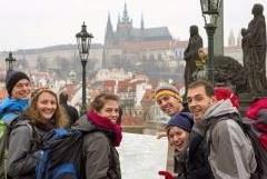 """Ponad 30 tys. osób przybyło do stolicy Republiki Czeskiej na 37. Europejskie Spotkanie Młodych. Były one przyjmowane na terenie Centrum Wystawowego Letňany, skąd udały się <a class=""""mh-excerpt-more"""" href=""""https://www.zyciezakonne.pl/wiadomosci/swiat/praga-ponad-30-tys-osob-przybylo-na-37-europejskie-spotkanie-mlodych-46771/"""" title=""""Praga: ponad 30 tys. osób przybyło na 37. Europejskie Spotkanie Młodych"""">[...]</a>"""