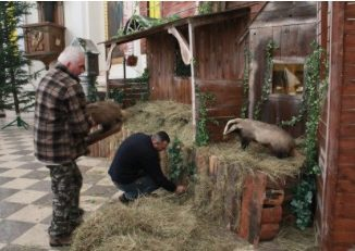 """We wszystkich oblackich domach, parafiach i misjach trwają przygotowania do świąt Bożego Narodzenia. Ostatnie dni adwentu są bardzo intensywne dla misjonarzy oblatów. Ojcowie rekolekcjoniści kończą <a class=""""mh-excerpt-more"""" href=""""https://www.zyciezakonne.pl/wiadomosci/kraj/oblackie-przygotowania-do-swiat-46673/"""" title=""""Oblackie przygotowania do świąt"""">[...]</a>"""