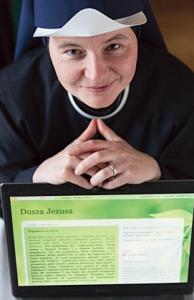"""Siostra Bogna Młynarz należy do zgromadzenia Sióstr Najświętszej Duszy Chrystusa Pana, głosi rekolekcje dla osób świeckich i wspólnot zakonnych, prowadzi blog """"Dusza Jezusa"""""""