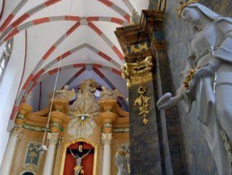 """Do września ma potrwać remont kaplicy bł. Jolenty w gnieźnieńskim kościele franciszkanów. To kolejny i nie ostatni etap generalnego remontu prowadzonego w świątyni i klasztorze. <a class=""""mh-excerpt-more"""" href=""""https://www.zyciezakonne.pl/wiadomosci/kraj/gniezno-piekniej-u-franciszkanow-51610/"""" title=""""Gniezno: Piękniej u franciszkanów"""">[...]</a>"""