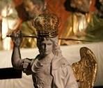 Wcześniej Figura św. Michała Archanioła z Cudownej Groty Objawień na Gargano zostanie wprowadzona do Bazyliki Jasnogórskiej, gdzie będzie można trwać na prywatnej modlitwie.