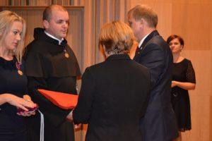 Franciszkanin odznaczony Krzyżem Zasługi