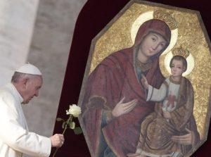 Strona główna Papież Działalność papieska Msza w Domu św. Marty 18/12/2015 18:57 Papież otworzył Drzwi Miłosierdzia w stołówce dla ubogich  Ojciec Święty udał się dziś na główny dworzec kolejowy Rzymu – Termini. Papież otworzył tam Drzwi Miłosierdzia w noclegowni i stołówce  prowadzonej przez rzymską Caritas.  Ascolta il servizio 18/12/2015 16:18 Papież otwiera drzwi święte w schronisku dla bezdomnych 18/12/2015 16:13 Franciszek: Bóg nigdy nie narzuca się nam siłą 17/12/2015 20:14 Benedykt XVI wydał niepublikowane homilie 17/12/2015 16:06 Urodziny Franciszka: papieski tort dla bezdomnych spis artykułów Watykan i Stolica Apostolska Wydarzenia watykańskie 18/12/2015 16:39 Watykan: pełne wyniki sekcji zwłok abp. Wesołowskiego  Trybunał Państwa Watykańskiego otrzymał wyniki badań chemicznych i toksykologicznych wykonanych w trakcie sekcji zwłok abp. Józefa Wesołowskiego. Potwierdziły one, że były watykański dyplomata zmarł na skutek zawału serca. Inne przyczyny zgonu zostały wykluczone.  18/12/2015 16:28 Watykan: ikona maryjna z Polski w centrum kazania adwentowego 18/12/2015 16:23 Bliżej kanonizacji bł. Matki Teresy z Kalkuty 16/12/2015 19:46 Genewa: Watykan o zadaniach Czerwonego Krzyża 16/12/2015 14:53 Moneyval-Watykan: reformy dobre, wzmocnić wykrywalność przestępstw spis artykułów Świat Kościół na świecie 18/12/2015 17:07 Betlejem: chrześcijanie świętują Boże Narodzenie pomimo zakazu i gróźb  Chrześcijanom w Betlejem udało się utrzymać bożonarodzeniowe uroczystości. W tym roku świąt miało tu nie być. Władze palestyńskie nakazały bowiem anulowanie wszystkich publicznych uroczystości bożonarodzeniowych na całym Zachodnim Brzegu Jordanu.  18/12/2015 16:34 Stolica Apostolska i Wielki Rabinat Izraela o uchodźcach 17/12/2015 19:55 Patriarcha Sako: problemem jest mentalność muzułmanów 17/12/2015 16:19 Sri Lanka: nadzieja Kościoła na pojednanie narodowe 17/12/2015 16:15 Arcybiskup z Portoryko w ONZ: kryzys humanitarny spis artykułów Polska Kościół w Polsce 17/12/2015 20:17