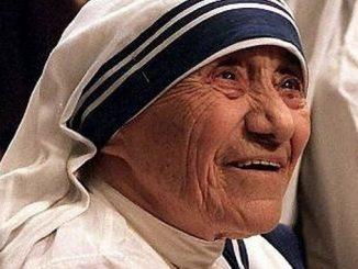 """Szef indyjskiego rządu w niespotykanie pozytywnych słowach wypowiedział się o bł. Matce Teresie z Kalkuty, którą 4 września w Watykanie kanonizuje papież Franciszek. W radiowym <a class=""""mh-excerpt-more"""" href=""""https://www.zyciezakonne.pl/wiadomosci/swiat/premier-indii-dla-hindusow-to-powod-do-dumy-63046/"""" title=""""Premier Indii: dla Hindusów to powód do dumy"""">[...]</a>"""