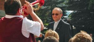 Salezjańska orkiestra z Oświęcimia zagrała w Balicach na pożegnanie papieża