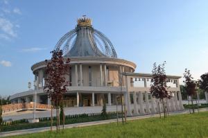 Kościół - Sanktuarium pw. NMP Gwiazdy Nowej Ewangelizacji i św. Jana Pawła II w Toruniu