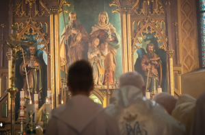 Uroczystości 70–lecia posługi karmelitów w Chyżnem