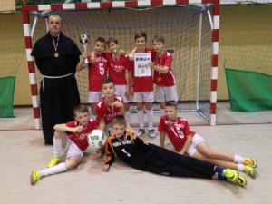 Halowa piłka. Franciszkanie mistrzami diecezji ełckiej