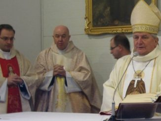 W uroczystość Bożego Narodzenia bp Edward Janiak, ordynariusz kaliski, poświęcił kaplicę św. Brata Alberta w Kaliszu.