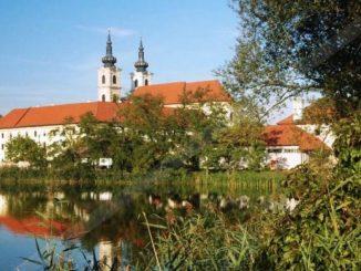 Zakon Paulinówprzyjął opiekę nadnarodowym sanktuarium Matki Bożej Siedmiobolesnejw miejscowości Šastín-Stráže na Słowacji.