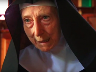 """– Człowiek, który cierpi, nie oczekuje słów – mówi 86-letnia matka Anna Maria Canopi, przełożona opactwa benedyktynek na wyspie San Giulio na jeziorze Orta w <a class=""""mh-excerpt-more"""" href=""""https://www.zyciezakonne.pl/wiadomosci/czlowiek-ktory-cierpi-oczekuje-slow-67521/"""" title=""""""""Człowiek, który cierpi, nie oczekuje słów"""""""">[...]</a>"""
