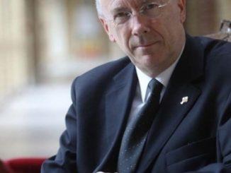 """Zgoda na przeprowadzanie eutanazji w placówkach Braci Miłosierdzia to konsekwencja silnej sekularyzacji belgijskiego katolicyzmu – uważa generał tego zgromadzenia ks. Rene Stockman, który sam jest <a class=""""mh-excerpt-more"""" href=""""http://www.zyciezakonne.pl/wiadomosci/swiat/belgia-spor-o-eutanazje-zakonnych-szpitalach-70898/"""" title=""""Belgia: spór o eutanazję w zakonnych szpitalach"""">[...]</a>"""