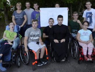 Na początek tegorocznego sezonu turnusów wczasorekolekcji w Domu dla Niepełnosprawnych gościliśmy silną ekipę pasjonatów metody na życie chrześcijańskie, którą proponuje św. Ignacy Loyola.