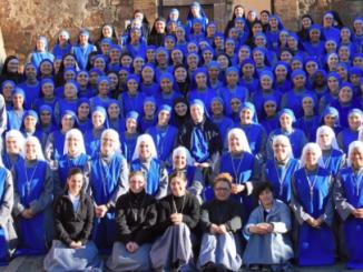 """Jednym z najbardziej dynamicznych zgromadzeń zakonnych na Ukrainie są greckokatolickie siostry Służebnice Pana i Dziewicy z Matará – należące do powstałej w Argentynie zakonnej rodziny <a class=""""mh-excerpt-more"""" href=""""http://www.zyciezakonne.pl/wiadomosci/swiat/siostry-matara-dziele-ewangelizacji-71869/"""" title=""""Siostry z Matará w dziele ewangelizacji"""">[...]</a>"""