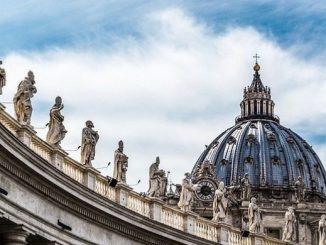 """Aby lepiej przygotować się do synodu biskupów na temat """"Młodzi, wiara i rozeznanie powołania"""", przedstawiciele młodzieży z całego świata przyjechali do Rzymu, do siedziby generała <a class=""""mh-excerpt-more"""" href=""""https://www.zyciezakonne.pl/wiadomosci/swiat/mlodzi-kurii-u-jezuitow-rzymie-chca-lepiej-przygotowac-sie-synodu-biskupow-71936/"""" title=""""Młodzi w kurii u jezuitów w Rzymie. Chcą lepiej przygotować się do synodu biskupów"""">[...]</a>"""