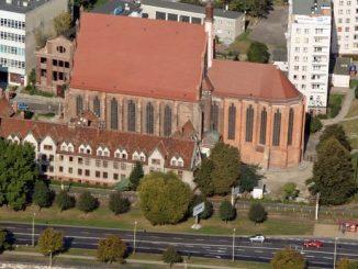 Bogu w Trójcy Świętej Jedynemu dziękujemy za 60. lat posługi Księży Pallotynów w Kościele nad Odrą i Bałtykiem, w Szczecinie.