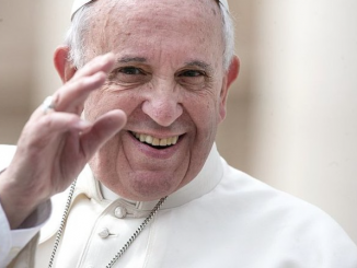 Papież Franciszek został zaproszony do roli startera przyszłorocznego Giro d'Italia, kolarskiego wyścigu dookoła Włoch, który wyruszy z Jerozolimy.