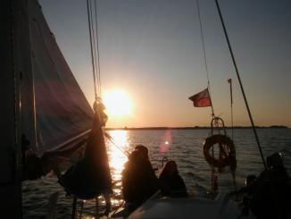 220 mil morskich, 50 godzin żeglugi, 10 dni – dlaczego tymi kategoriami nie pomyśleć o spotkaniu z Bogiem?