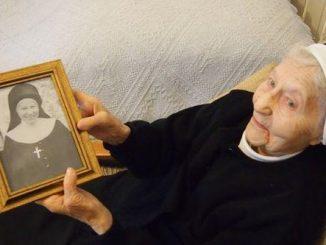 29 października we wspólnocie sióstr nazaretanek w Łukowie przeżywałyśmy wyjątkowe wydarzenie. Jubileusz 75-lecia życia zakonnego obchodziła nasza najstarsza współsiostra – s. Teofila.