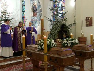 23 grudnia br. w Stadnikach w Małopolsce odbył się jednocześnie pogrzeb dwóch sercanów: ks. Franciszka Ślęczki i ks. Stefana Kajty. Zostali pochowani na miejscowym cmentarzu.