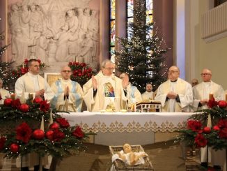 O młodzieży polskiej i jej religijności mówili prelegenci i uczestnicy sympozjumPolska młodzież i wiara.