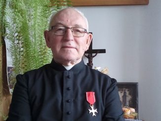 Jedna z zacniejszych postaci przemyskiego duchowieństwa i charyzmatyczny salezjanin, ks. Tadeusz Pater, został odznaczony Krzyżem Kawalerskim Orderu Odrodzenia Polski.