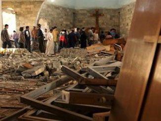 """""""W krzyż, który poniosę wpisane są nasze nadzieje na pokój i wszystkie cierpienia Irakijczyków"""" – mówi siostra Genevieve Al Haday."""
