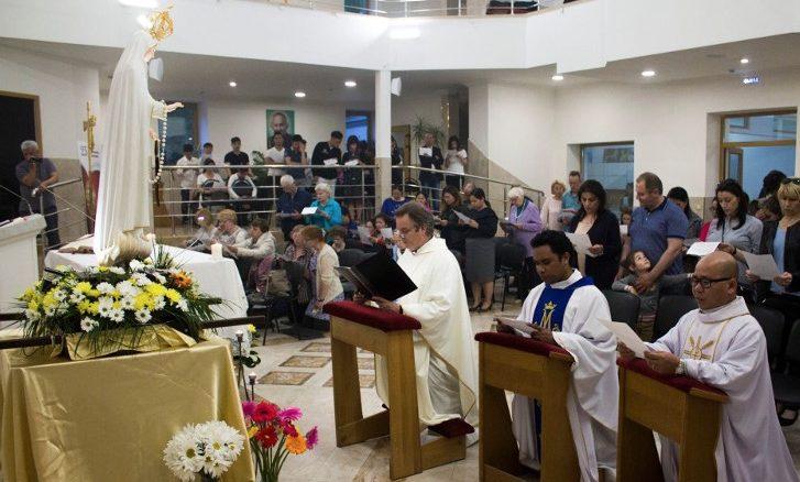 MMG: Parafia pw. św. Olgi w Moskwie zlokalizowana jest w dość specyficznym sąsiedztwie. Czy mógłby Ojciec przybliżyć nam realia swojej pracy w tym miejscu?