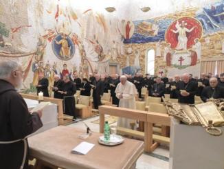 Posłuszeństwo Bogu w życiu chrześcijanina – to temat kolejnej wielkopostnej egzorty wygłoszonej do Papieża i pracowników Kurii Rzymskiej przez kaznodzieję Domu Papieskiego.