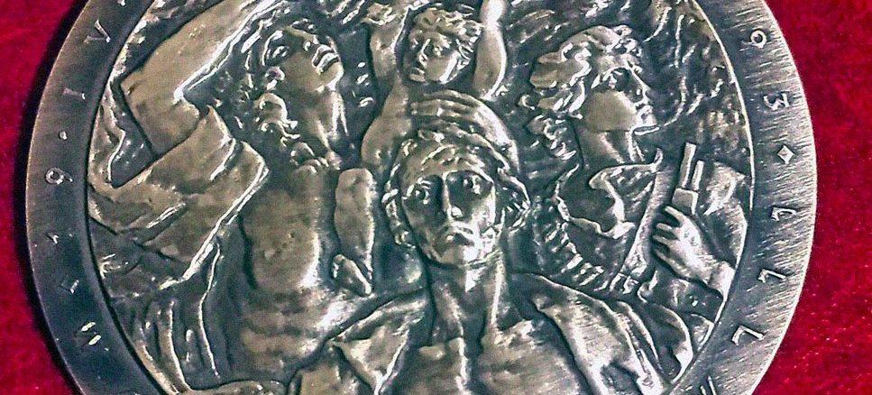 Ojciec Tomasz Dostatni OP uhonorowany w 75. rocznicę wybuchu powstania w getcie warszawskim.