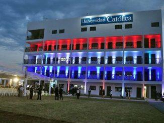 """12 kwietnia 2018 roku misja franciszkańska w Paragwaju uczyniła milowy krok naprzód. Tego dnia odbyła się uroczystość otwarcia w Guarambaré nowej siedziby Filii Uniwersytetu Katolickiego <a class=""""mh-excerpt-more"""" href=""""https://www.zyciezakonne.pl/wiadomosci/swiat/uniwersytet-w-guarambare-76038/"""" title=""""Uniwersytet w Guarambaré"""">[...]</a>"""