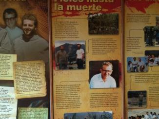 Tłum wiernych towarzyszył otwarciu Muzeum Męczenników Franciszkańskich w domu rekolekcyjnym w Chimbote.