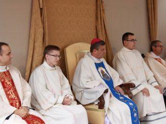 """Ciało nasze, które zmartwychwstanie i które posiadamy jako ludzie wierzący, posiadamy po to, aby zdobyć zbawienie, okazać miłość wobec drugiego człowieka i miłość wobec Boga <a class=""""mh-excerpt-more"""" href=""""https://www.zyciezakonne.pl/wiadomosci/kraj/xi-pielgrzymka-rodzin-diecezji-bielsko-zywieckiej-79064/"""" title=""""XI Pielgrzymka Rodzin Diecezji Bielsko – Żywieckiej"""">[...]</a>"""