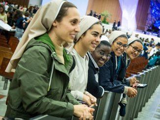 Synod Biskupów o młodych się nie zakończył, idziemy dalej razem – mówią siostry zakonne, które brały udział w zgromadzeniu synodalnym.
