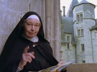"""Nie żyje siostra Wendy Beckett, twórczyni programów o sztuce znana z dokumentalnych filmów emitowanych przez BBC. Zakonnica zmarła 26 grudnia w klasztorze sióstr karmelitanek w <a class=""""mh-excerpt-more"""" href=""""https://www.zyciezakonne.pl/wiadomosci/swiat/nie-zyje-siostra-wendy-beckett-zakonnica-ktora-odkrywala-piekno-historii-sztuki-81890/"""" title=""""Nie żyje siostra Wendy Beckett – zakonnica, która odkrywała piękno historii sztuki"""">[...]</a>"""