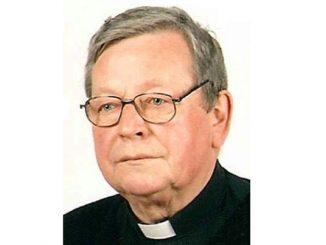 """O. Józef Bzik SVD, werbista, zmarł 6 grudnia 2018 w szpitalu w Grudziądzu, w 72 roku życia, w 54 roku życia zakonnego i w 46 <a class=""""mh-excerpt-more"""" href=""""https://www.zyciezakonne.pl/wiadomosci/kraj/pozegnania-o-sp-jozef-bzik-svd-81258/"""" title=""""Pożegnania: o. śp. Józef Bzik SVD"""">[...]</a>"""