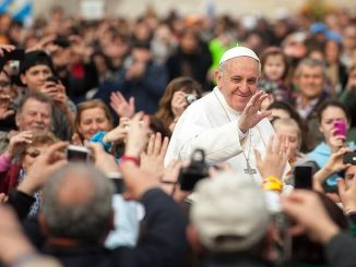 """O podejmowanie zdecydowanych działań na rzecz pokoju zaapelował Ojciec Święty do polityków w swoim orędziu na obchodzony 1 stycznia 2019 roku 52. Światowy Dzień Pokoju. <a class=""""mh-excerpt-more"""" href=""""https://www.zyciezakonne.pl/wiadomosci/swiat/franciszek-na-swiatowy-dzien-pokoju-pokoj-opiera-sie-na-szacunku-dla-kazdej-osoby-81858/"""" title=""""Franciszek na Światowy Dzień Pokoju: pokój opiera się na szacunku dla każdej osoby"""">[...]</a>"""
